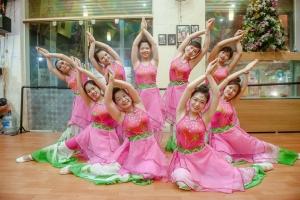 Top 1 Cửa hàng cho thuê trang phục biểu diễn giá rẻ và đẹp nhất Quảng Ninh