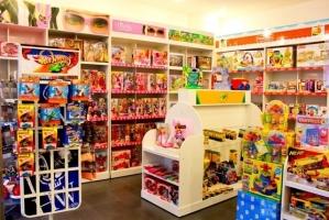 Top 3 địa chỉ bán đồ chơi tin cậy và an toàn cho bé tại Hà Nội
