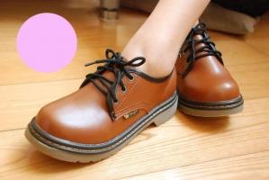 Top 3 Cửa hàng bán giày nữ nổi tiếng nhất Facebook ở Sài Gòn