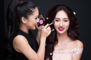 Top 3 Makeup Artist được Sao Việt săn đón nhất hiện nay