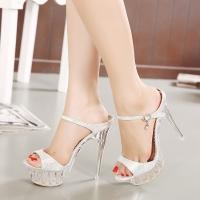 Top 3 Shop bán giày cao gót đẹp và chất lượng nhất TPHCM