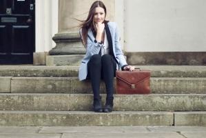 Top 4 Phong cách thời trang cô nàng công sở cần biết