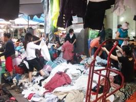 Top 5 Khu chợ bán đồ cũ chất lượng nhất Sài Gòn