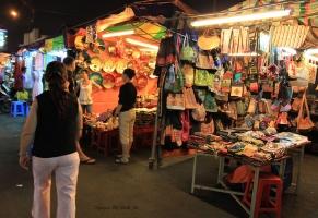 Top 6 địa điểm mua sắm quần áo giá rẻ ở Hồ Chí Minh