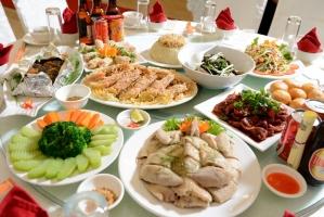 Top 7 Dịch vụ đặt tiệc tại nhà ngon và rẻ nhất TPHCM