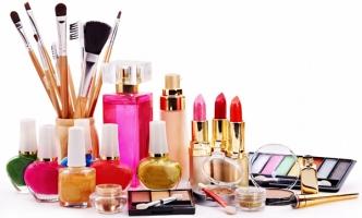 Top 7 Lỗi chị em cần tránh khi đi mua mỹ phẩm